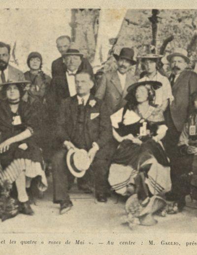 Le jury des roses de Mais. Au deuxième rang, on reconnaît Menica Rondelly (L'Eclaireur du dimanche, mai 1921).
