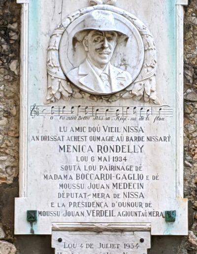 Bas relief offert par Les Amis du Vieux Nice à Menica Rondelly, place Sainte-Claire, 1934. Cliché Ville de Nice, Éric Bertino, 2020